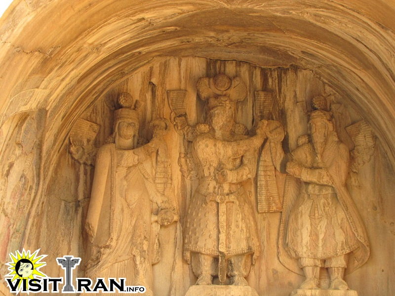 The Large Iwan - Khosrow Parviz in the middle, Ahura Mazda to his left and Anahita to his right.